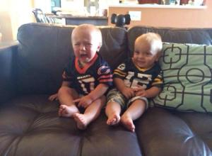 cyring-bears-baby-happy-packers-baby