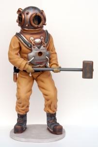 deep-sea-diver-2225-2630-2